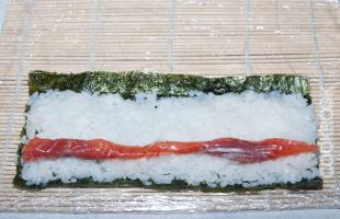 нори рыба рис