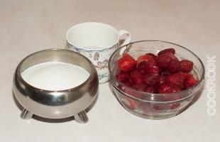 продукты для клубничного сиропа