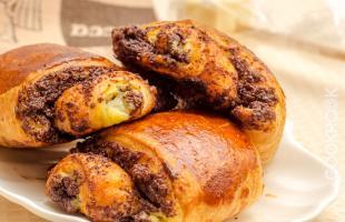 австрийские булочки с шоколадом и заварным кремом