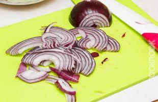 лук красный для салата