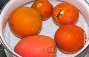 ошпаренные помидоры