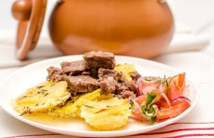 говядина в горшочке приготовленная в духовке