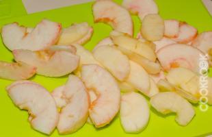 яблоки для украшения пирога