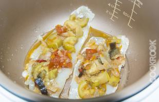 рыба и овощи в мультиварке