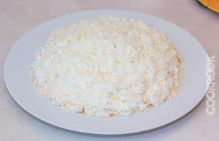салат слоеный с крабовыми палочками и яйцами