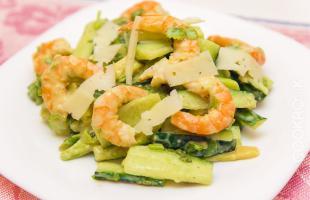 Салат с имбирной заправкой