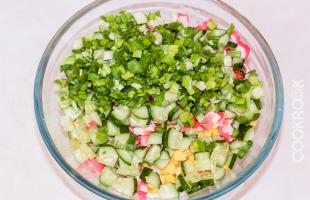 ингредиенты для крабового салата с рисом