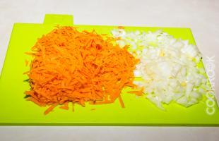 морковь и лук для салата