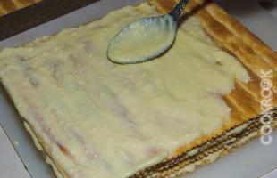слоеные коржи с масляным кремом
