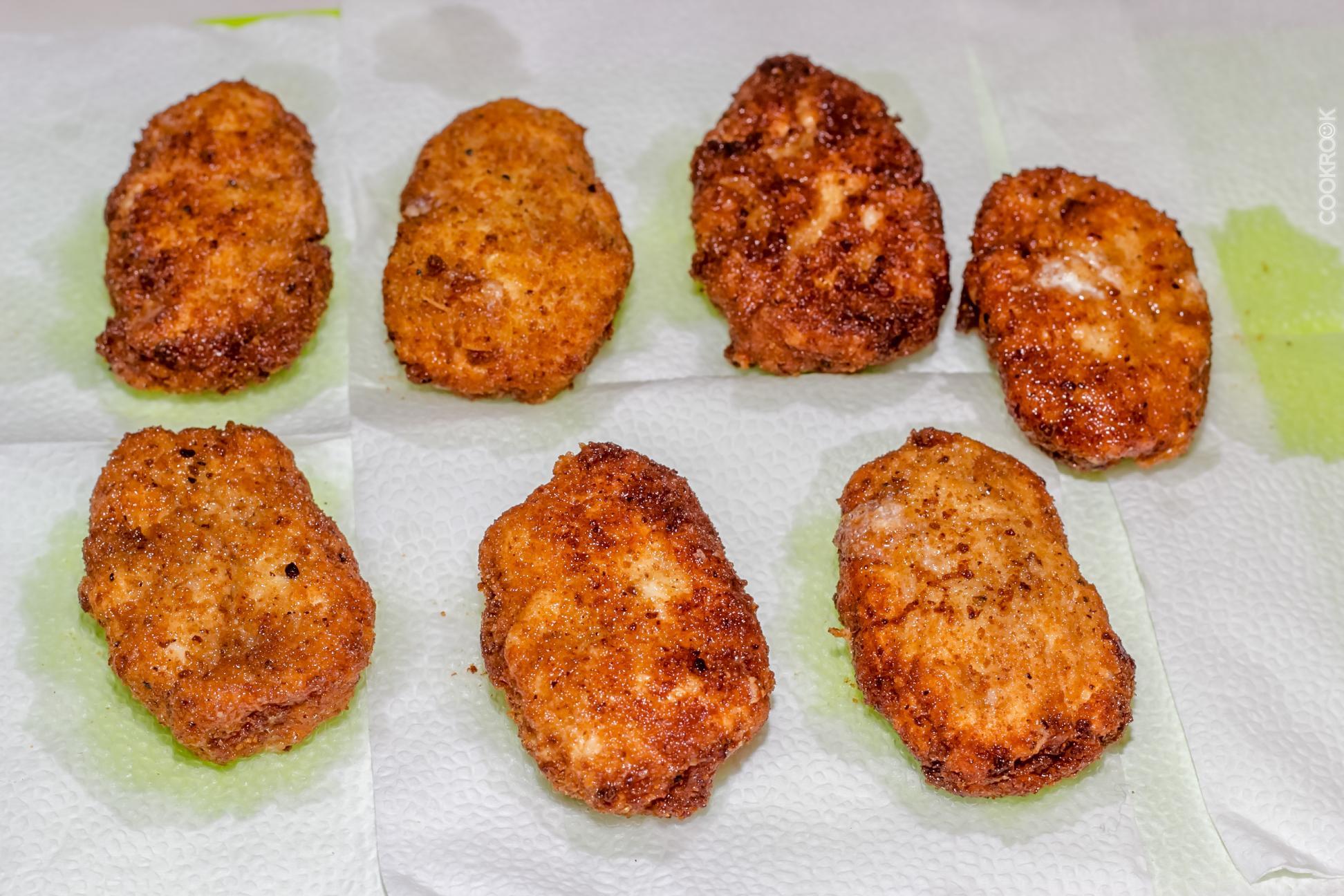 Куриные наггетсы с сыром на сковороде рецепт с фото 11