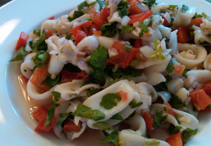 Салат из кальмаров консервированных