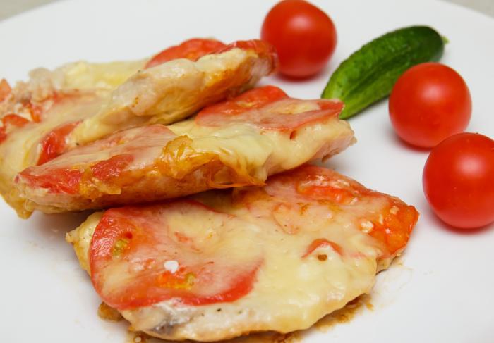 Куриная грудка в мультиварке с сыром