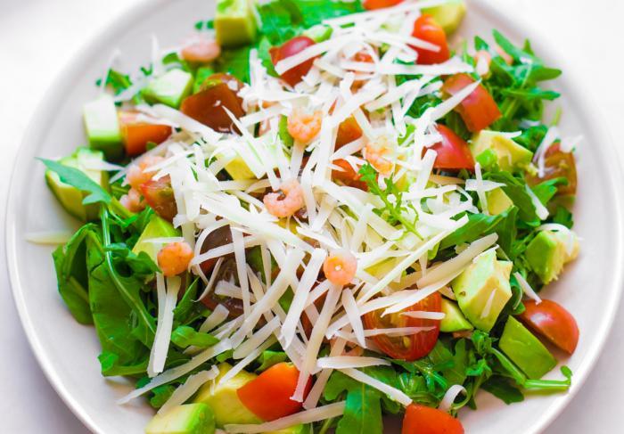 Рецепт салата с авокадо и креветками