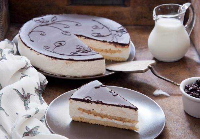 Домашний торт «Птичье молоко»