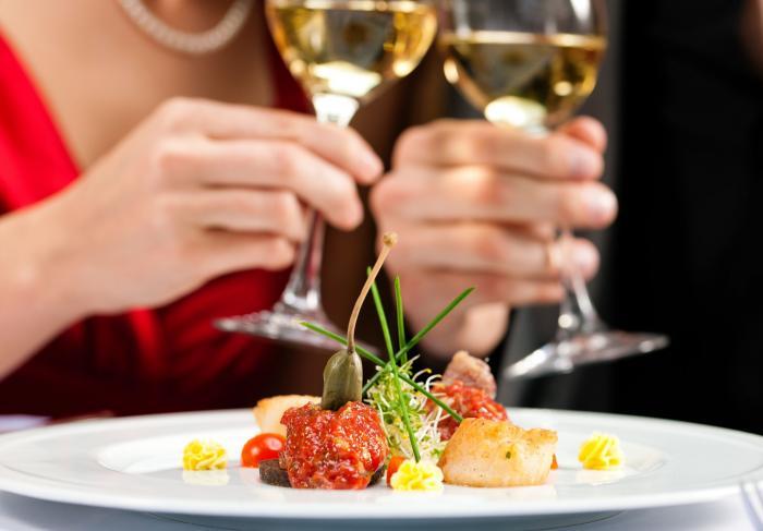 Всех влюбленных пригласили на романтический ужин в Хоргватс