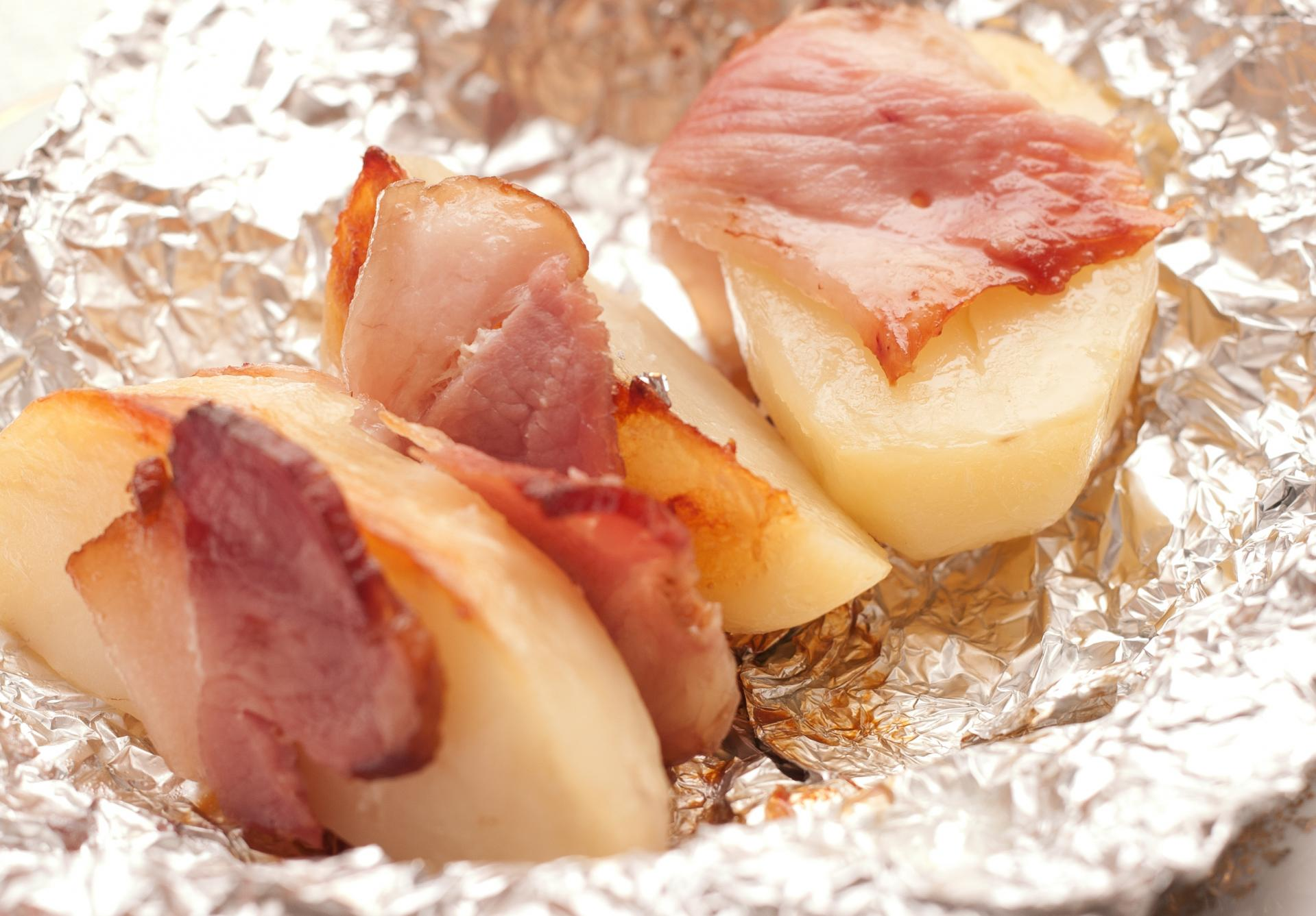Рецепт картофеля запечённого в беконе