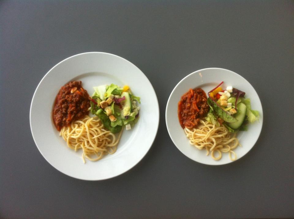 Маленькие тарелки помогут в борьбе с лишним весом